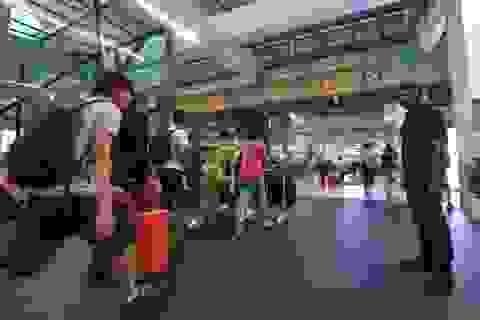 """Hai người Việt bị cảnh sát Malaysia bắt giữ vì nói """"có bom"""""""