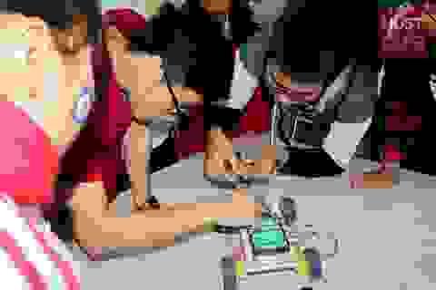 """Trường ĐH Bách khoa HN tổ chức """"tour"""" trải nghiệm đại học – định hướng tương lai cho học sinh"""