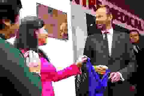 TPHCM: Thủ tướng Pháp tham dự lễ khai trương Trung tâm y tế Pháp
