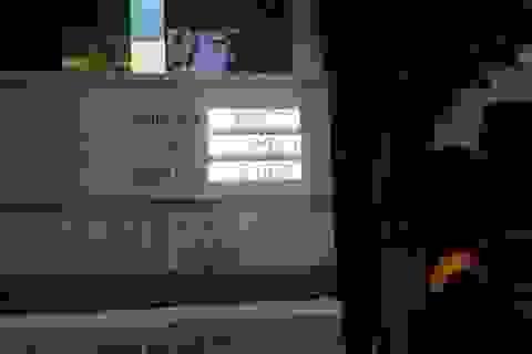 """Cửa hàng xăng dầu tư nhân """"quên"""" giảm giá hòng móc túi khách hàng"""