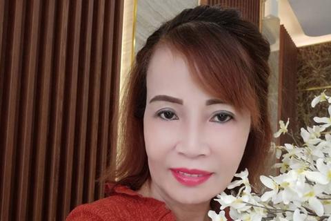 Ngoại hình trẻ trung của cô dâu 61 tuổi sau phẫu thuật thẩm mỹ