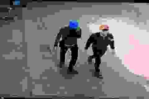 Hai đối tượng 9X cải trang học sinh trộm hàng loạt xe máy