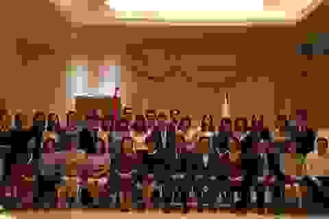 """""""Nhật Bản rất coi trọng việc đào tạo nguồn nhân lực gánh vác tương lai của Việt Nam"""""""
