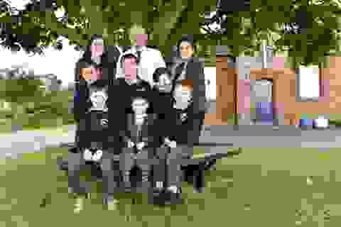 Ngôi trường nhỏ nhất nước Anh với 6 học sinh và 1 giáo viên