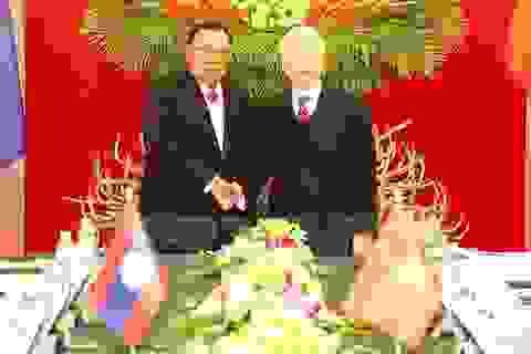 Lãnh đạo Việt Nam gửi điện chúc mừng Quốc khánh Lào