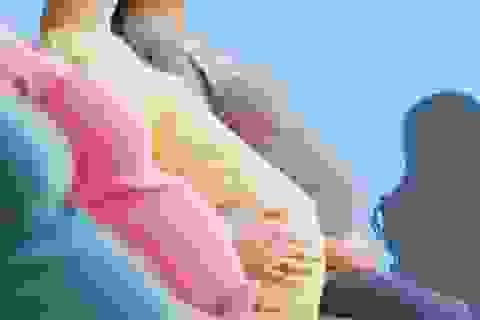 Nhóm thiếu nữ miền Tây mang thai hộ bị Công an Trung Quốc trả về nước