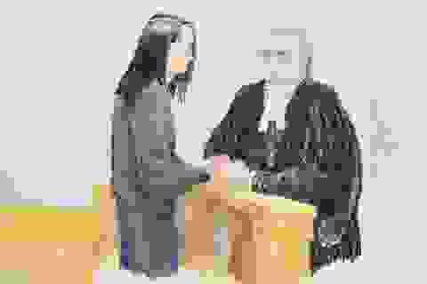 """""""Nữ tướng"""" Huawei bật khóc khi nghe tuyên bố tại ngoại"""