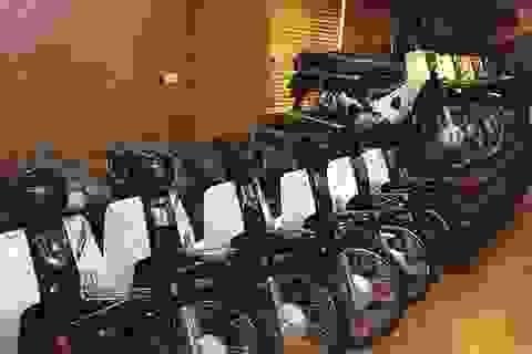 """Choáng váng dàn """"huyền thoại"""" Honda Dream đắt giá tiền tỷ ở Hà Nội"""