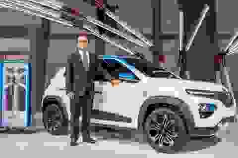 Chỉ còn lại Renault bên chủ tịch Carlos Ghosn vướng vòng lao lý