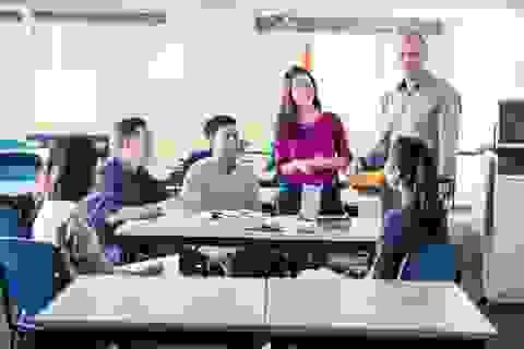 Sinh viên mới ra trường: Làm gì để không tuột mất cơ hội việc làm?