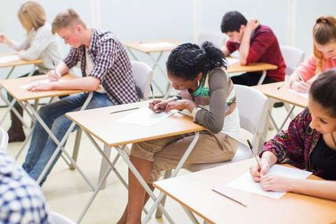 Giờ vào học muộn hơn mang lại lợi ích cho thanh thiếu niên