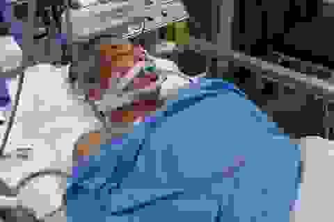 Cặp vợ chồng thợ hồ bị xe bồn tông thương vong