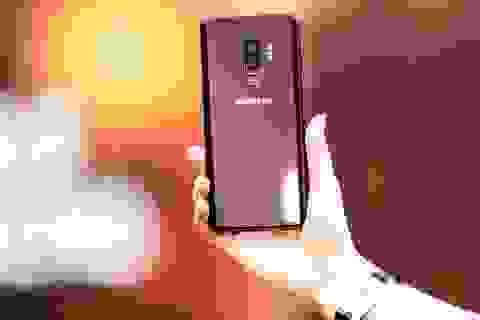 Vừa ra mắt, Galaxy S9+ màu vang đỏ bất ngờ giảm 4 triệu đồng