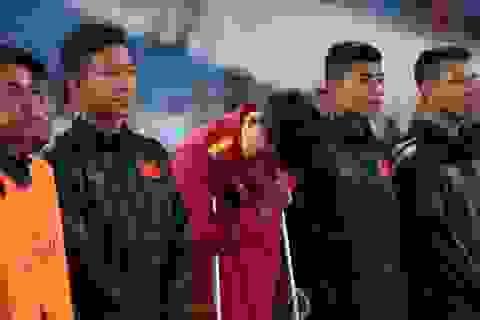 Lục Xuân Hưng rơi nước mắt sau khi chia tay Asian Cup 2019