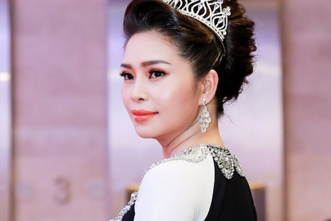 Hoa hậu Vũ Thanh Thảo chuẩn bị Tết cho người nghèo