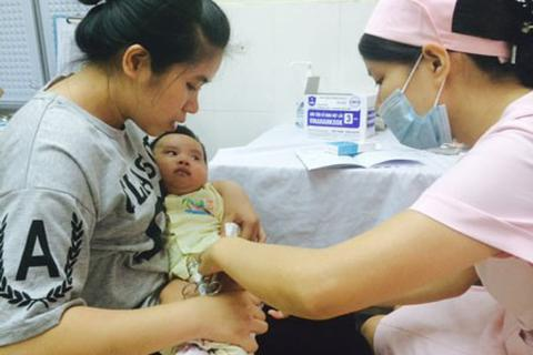 Giải đáp nóng về chuyển đổi vắc xin 5 trong 1 trong toàn quốc