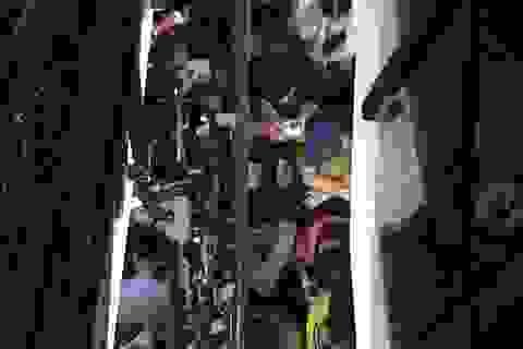 Cả ngàn sinh viên xếp hàng đăng ký thi TOEIC từ 4h sáng