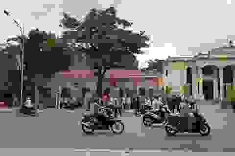 Ninh Bình: Dân kéo đến UBND tỉnh phản đối dự án xây đài hóa thân