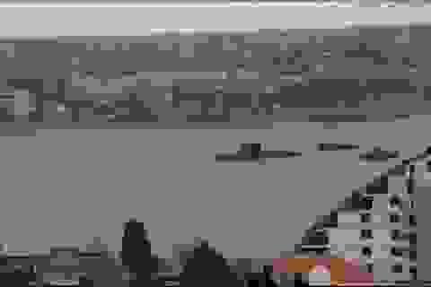 """Nga bị nghi đưa tàu ngầm """"Hố đen"""" đến eo biển Kerch giữa lúc căng thẳng với Ukraine"""