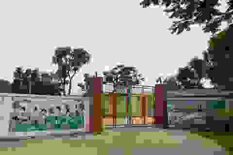 Vụ giáo viên quỳ gối xin dạy: Phản hồi từ Văn phòng Chính phủ
