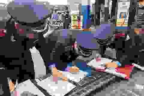 Cảnh sát hình sự Hà Nội mời 6 thanh tra giao thông lên làm việc