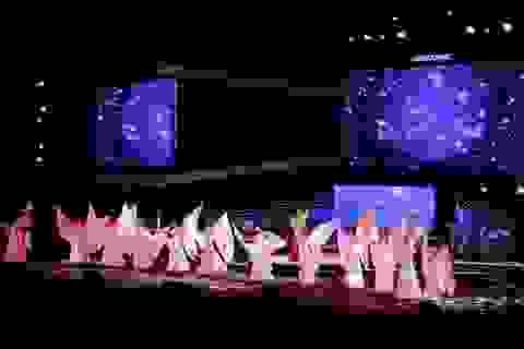 Đại nhạc hội tết An Bình 2018: Cùng sao Việt sải cánh yêu thương