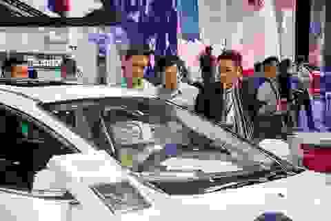 """Xe nhập """"đứt mạch"""" về Việt Nam, dân vỡ mộng mua xe giá rẻ chơi Tết"""