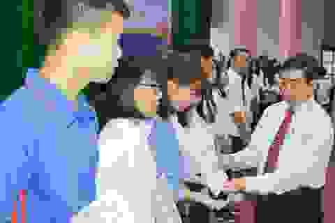 Sóc Trăng: Trao 226 suất học bổng cho sinh viên nghèo, hiếu học
