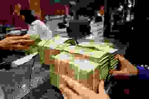 """Loạt doanh nghiệp giàu """"kếch xù"""", đem tiền gửi ngân hàng """"ẵm"""" lãi khủng"""