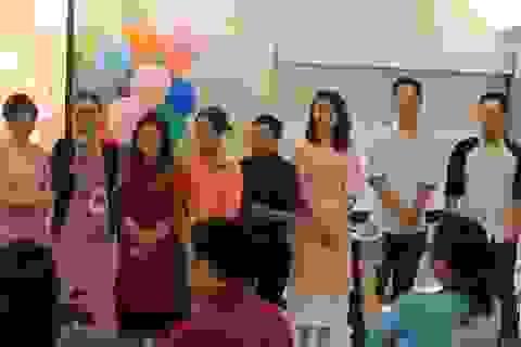 Du học sinh Việt trên thế giới hân hoan hướng về quê nhà, đón Giao thừa