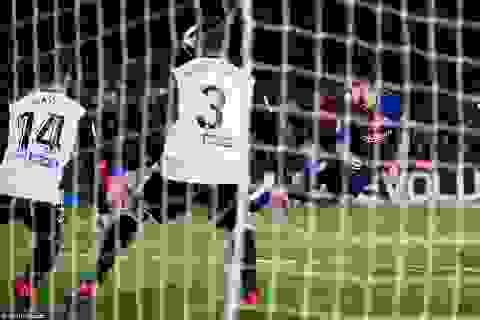 "Luis Suarez lập công, Barcelona ""vượt ải"" Valencia"