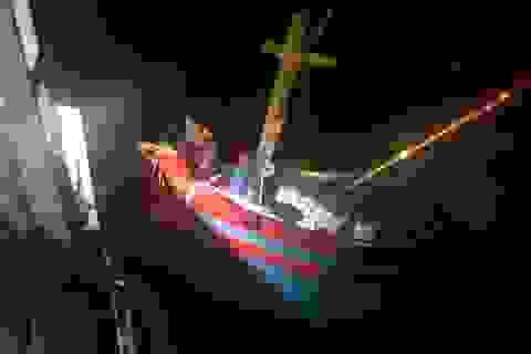 Cứu sống 6 thuyền viên bị nạn trên biển