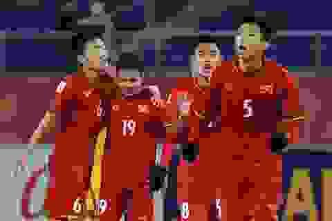 Ngôi sao U23 Việt Nam đá V-League: Trở lại mặt đất, cẩn thận đôi chân