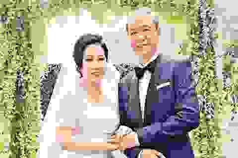 """Cảm động chuyện tình của tài tử """"Đạo soái Sở Lưu Hương"""" ở tuổi… 62"""