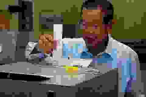 Mỹ cắt hàng loạt viện trợ cho Campuchia