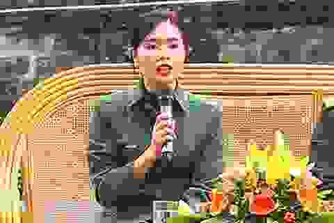 Tốt nghiệp ĐH, cô gái 9X viết đơn tình nguyện nhập ngũ