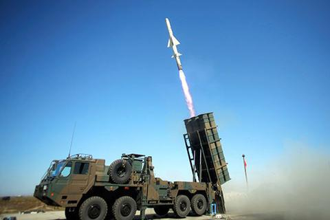 Nhật Bản tính triển khai tên lửa đối phó Trung Quốc trên biển