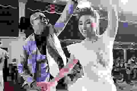 """Bước nhảy tình yêu của cặp đôi """"Mây - Núi"""""""