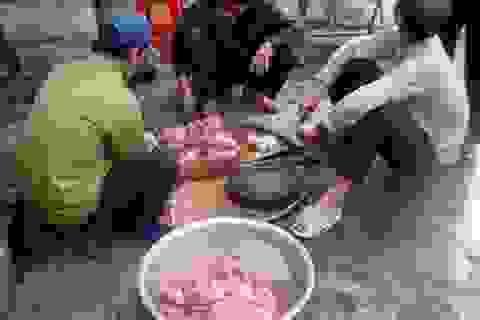 """Kỳ lạ ngôi làng ăn thịt sống """"độc nhất vô nhị"""" ở Việt Nam"""