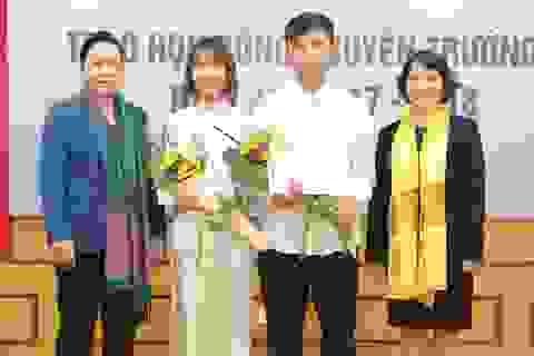 40 suất học bổng Nguyễn Trường Tộ đầu tiên đến với sinh viên nghèo vượt khó Hà Nội