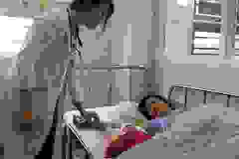 Bác sĩ cấp cứu, hiến máu kịp thời cứu sống sản phụ bị gan nhiễm mỡ