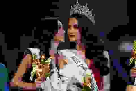 Hình ảnh tuyệt đẹp của Hương Giang và các người đẹp trong đêm chung kết Hoa hậu chuyển giới 2018