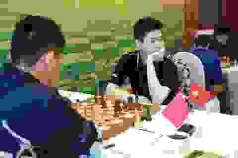Vượt mặt Quang Liêm, Tuấn Minh trước cơ hội đăng quang giải cờ vua quốc tế