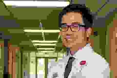 """Bác sĩ Mỹ gốc Việt: """"Tỉ lệ tử vong cực kỳ cao, sinh tự nhiên tại nhà dần ít được nói đến ở Mỹ"""""""