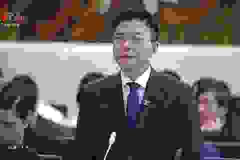 Đại biểu Quốc hội chất vấn Bộ trưởng Tư pháp về rút đề xuất tăng lương giáo viên