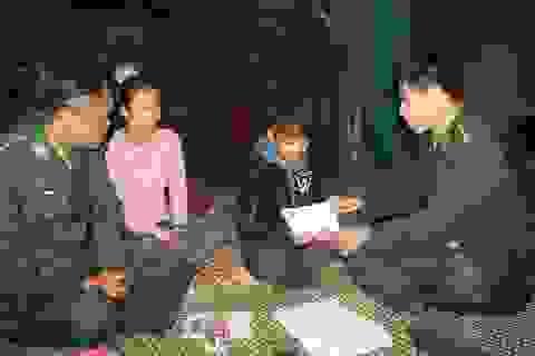 """Bộ đội Biên phòng """"chắp cánh tương lai"""" cho học sinh nghèo"""