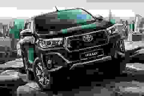 Toyota Hilux ra mắt phiên bản mới