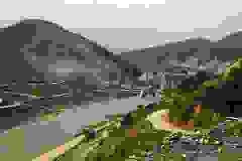 """Hơn 50 hộ dân sống """"lay lắt"""" bên công trình thủy điện nghìn tỷ"""