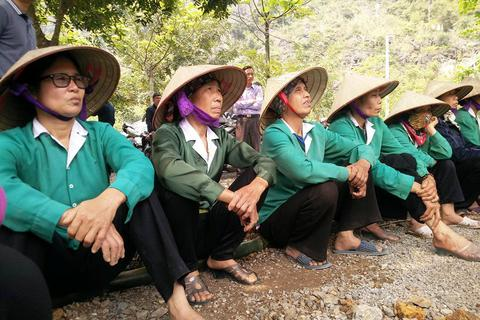 Ninh Bình ngăn du khách vào khu Tràng An cổ