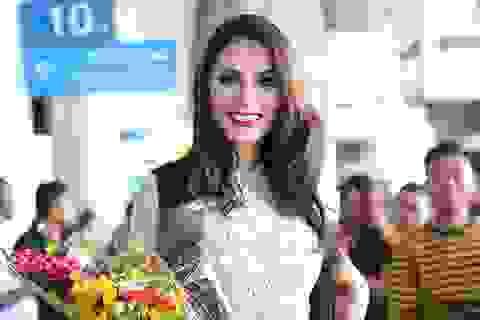 Hoa hậu Chuyển giới Brazil xinh đẹp bất ngờ xuất hiện tại Việt Nam